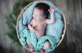 martin-trejbal-newborn