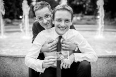 Tomáš s bratrancem Martinem a společnou téměř 30 let starou fotkou