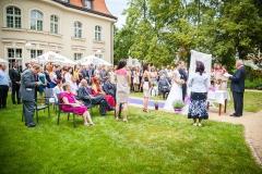 Zahradní svatební obřad